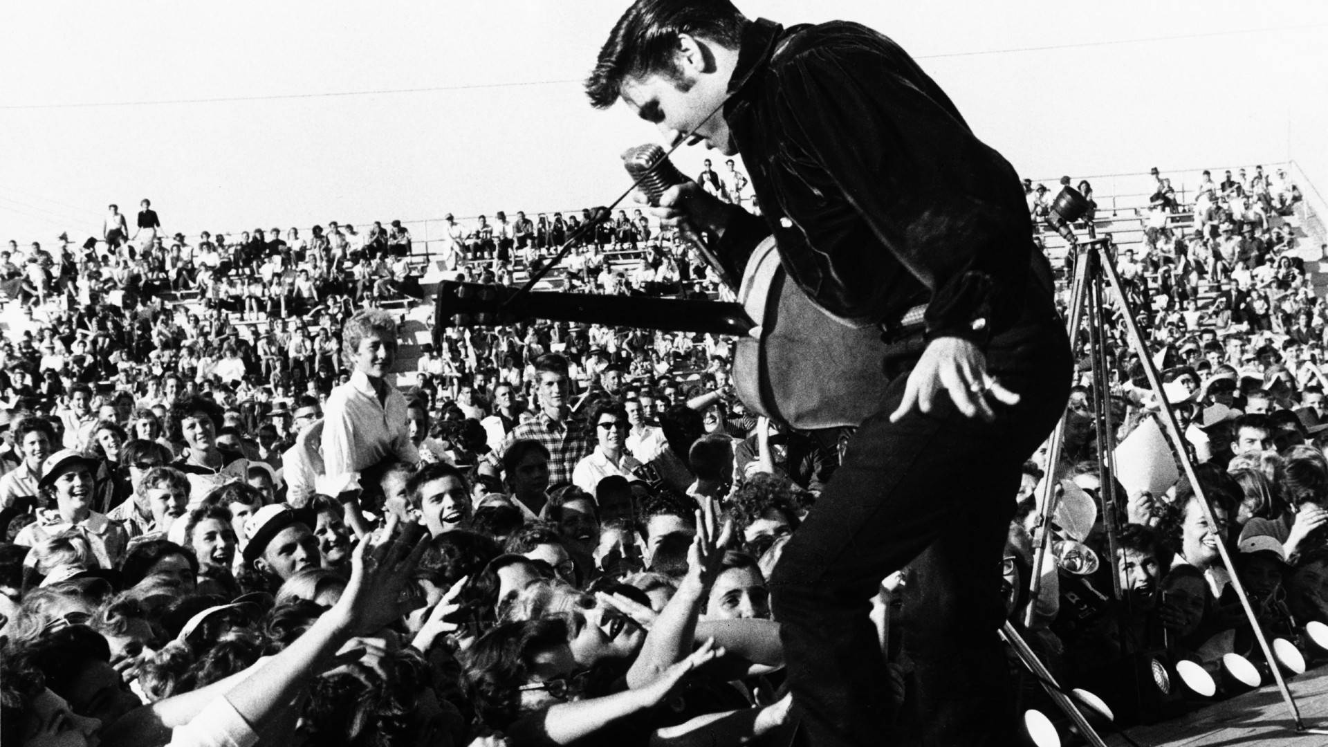 elvis-presley-1920x1080-wallpaper-2166691
